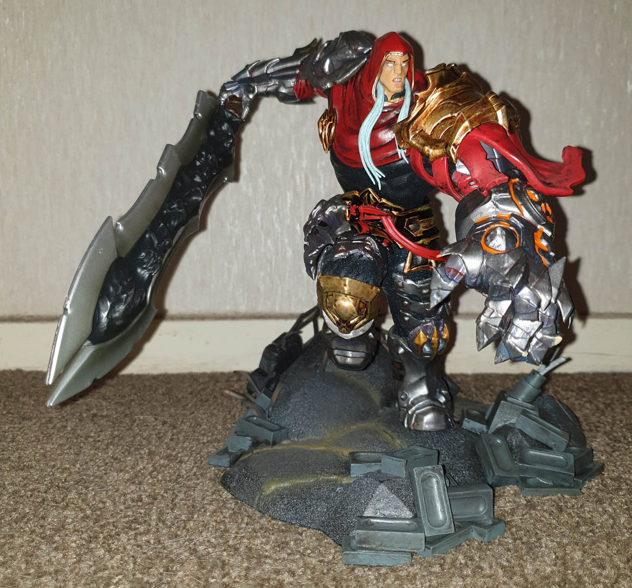 Darksiders Figurines Collection Review – STG