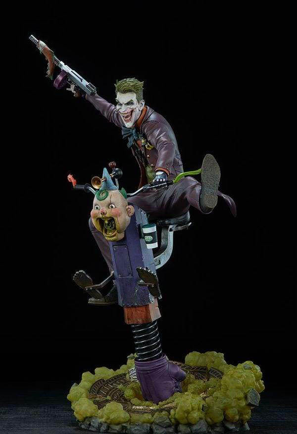 The Joker Premium Statue - Sideshow Collectibles