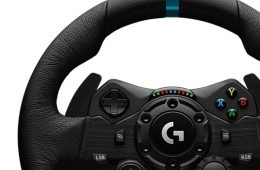 Logitech G923 Racing Wheel and Pedals