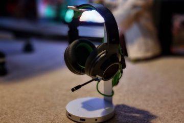 Satechi Aluminium Headset Stand with Hub