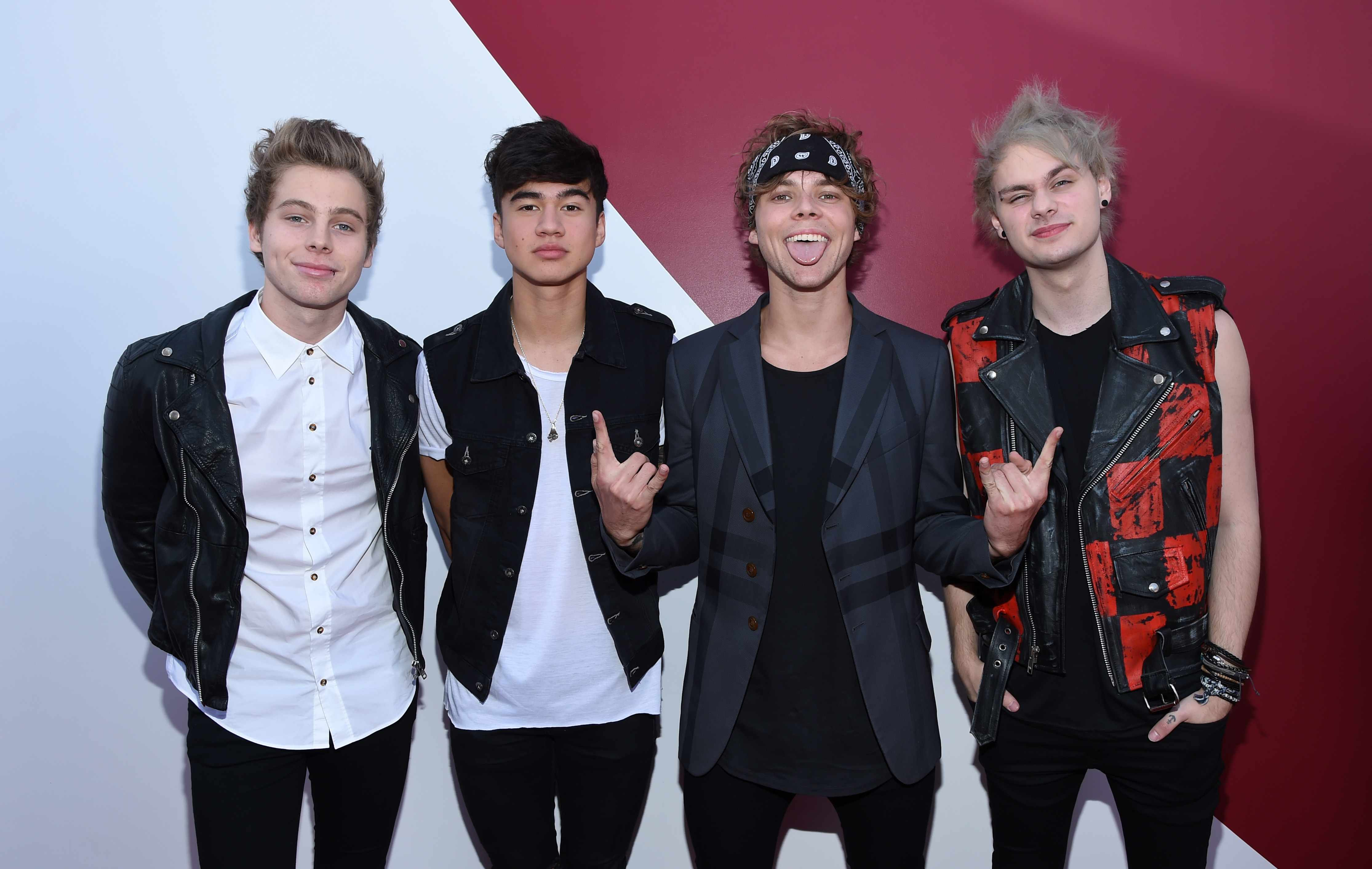 5SOS Release Young Blood Vid – STG